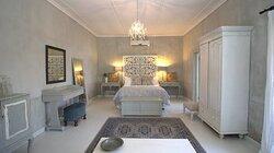 Room 2 - Bridal Suite