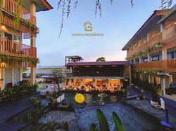 A new brand 3 star hotel in Nusa Dua. Only 10 minutes to BTDC Nusa Dua with complete facility like : Restaurant, pool, GYM, Kid Centre and Etc.