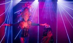 Travestieshow Berlin - Theater im Keller - Circus der Travestie: Melody Gaymoll 3