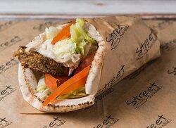 Arabic Pita Vegeterian Burger with hummus lemon sauce (480 calories)