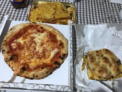 Pizza Torta  5e5 (schiacciata fatta in casa della pizzeria con pepe e melanzane)