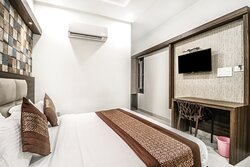 Led Panel at Deluxe Room 2