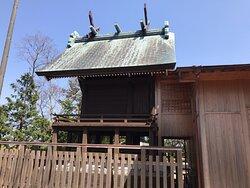 時系列で撮った神社の様子です。