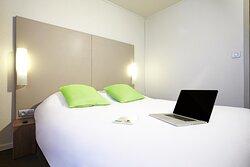 Campanile Villejuif Guest Room