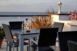 new holmwood hotel dining
