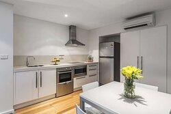 Guest room kitchen/kitchenette
