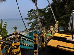 Beach villa 09