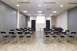 MEETING ROOM 75 M²