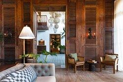 Itz'ana Lounge Area