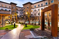 Courtyard w/ Water Feature