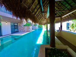 Swimming pool at Paramar Jade at Aldea Zama in Tulum, We can take good care of your airport transfers to & from there.