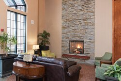 Come relax in our hotel lobby after a day visiting Dow Gardens