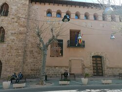 La fachada del palacio.