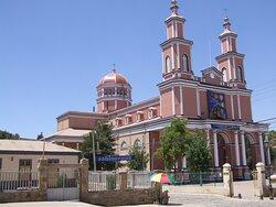 La imponente Basílica menor, en Andacollo, Cuarta Región.
