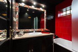 Salle de bains - Chambre des miroirs
