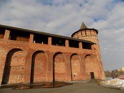 Коломенская (Маринкина) башня