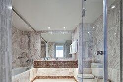 Suite's marble bathroom