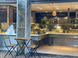 Foodbar Middelburg, Heerlijke Fish & Chips, Kibbeling, Broodjes, Pizza's, Hamburgers en veel meer!