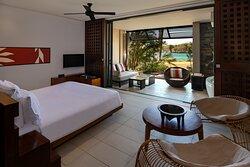 Lagoon King Bed Room