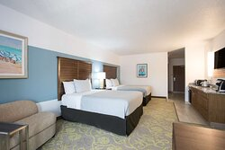 Studio Suite-2 Queen Beds-Balcony