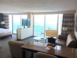 Premium Studio Suite-King Bed-Oceanfront