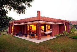 Luxury Villa-Patio