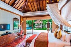 One/Two Bedroom Lagoon Villa - King Bedroom