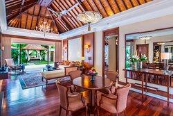 Laguna Pool Villa - Living Room