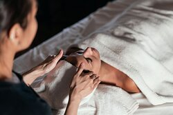 SENSFACIAL - Any skin type, any age. Let's get you GLOWING!