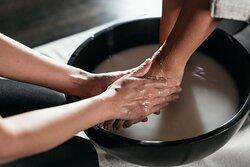 SENSASIA'S most famous Foot Soak.