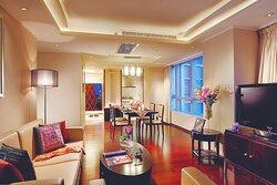 1BRD Living Room