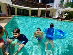 Swimming pool at Lagunas Mayakoba, where We also offer our transfer services to & from the Cancun Airport.