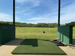 Artificial golf bay.