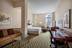 King Headhouse Tower Guest Room
