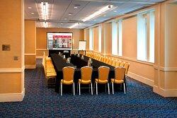 407-409 Meeting Room - U-Shape Setup
