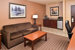 A refrigerator, microwave & Keurig coffee await you in this suite