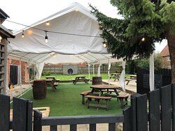 Garden all ready to welcome you back!🥂