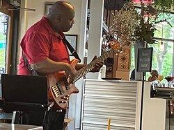 Amazingly talented guitarist!