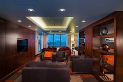 Club room guests gain exclusive access to the Club Lounge