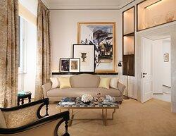 Hotel Eden Suite Livingroom