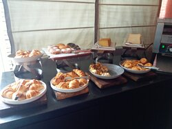Breads, Doughnuts, Croissants and Danish Pastries @ breakfast in Voyage Restaurant.