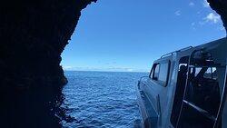 Entering Sea caves on the Napali Coast