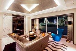 Premier Suite  (KING / TWIN)