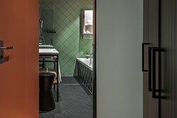 Sorell Hotel St Peter GDeluxe Room Badezimmer