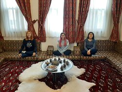 Our visitors enjoying our oriental room :)