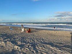 Pretty quiet beach area.  Super access!