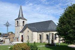 Eglise Saint Martin de Fridefont. Vue 1. Fridefont 15110.