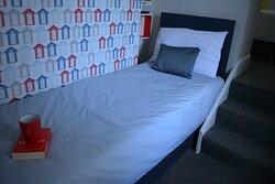 1st Floor, Triple Room  - Single bed ( Room 5 )