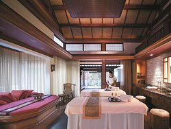 CHI, The Spa-Treatment Room