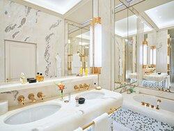 Hotel Eden Roma Dolce Vita Suite Bathroom New